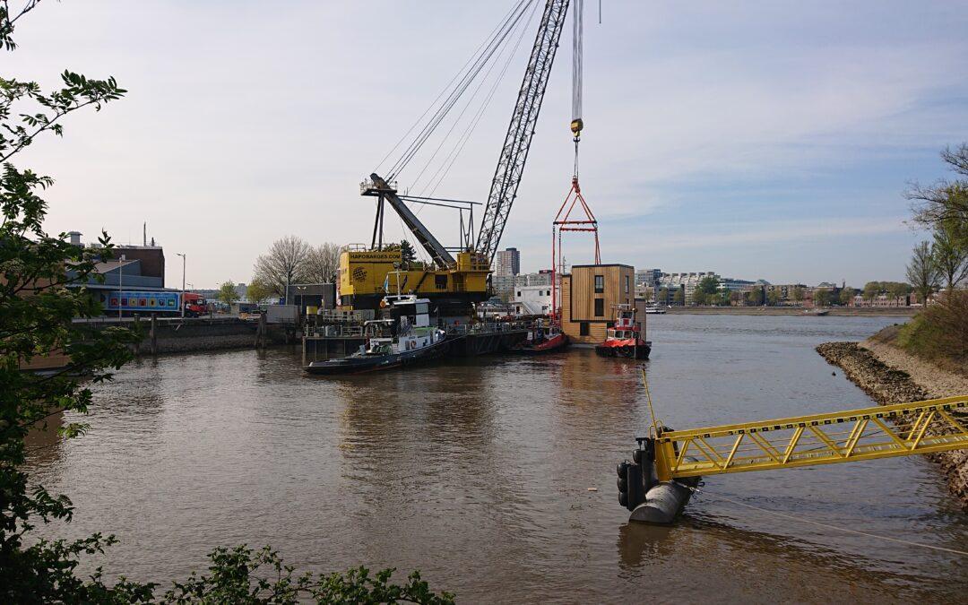 Havenlofts Rotterdam: zo werden ze op hun plek gelegd